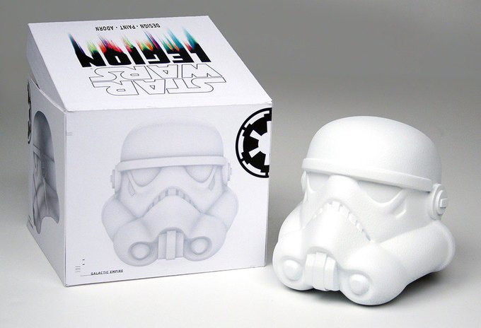 В честь Дня «Звёздных войн» Lucasfilm откроет выставку шлемов штурмовиков. Изображение № 1.