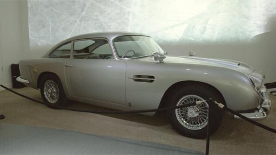 Репортаж с выставки машин Джеймса Бонда. Изображение № 17.