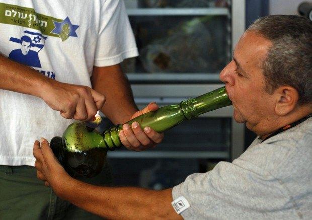 Израильский раввин признал медицинскую марихуану кошерной. Изображение № 1.