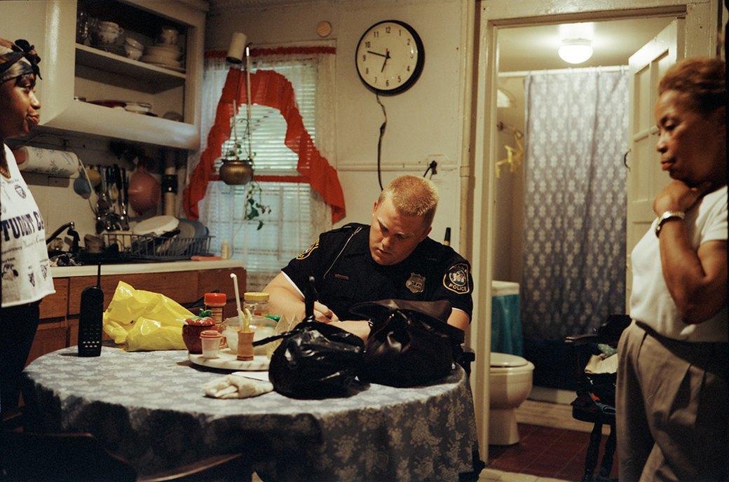 Несколько дней из жизни обычных американских полицейских. Изображение № 30.