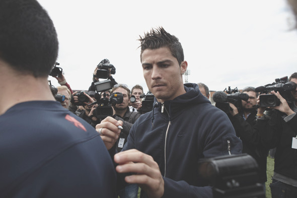 Коллекция одежды Криштиану Роналду и интервью со знаменитым футболистом. Изображение № 20.