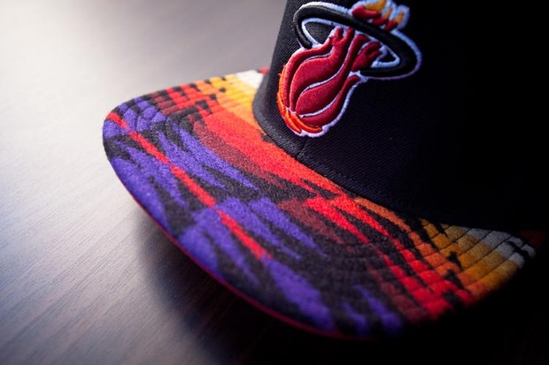 Genesis Project совместно с Pendleton выпустили коллекцию кепок с символикой команд НБА. Изображение № 5.