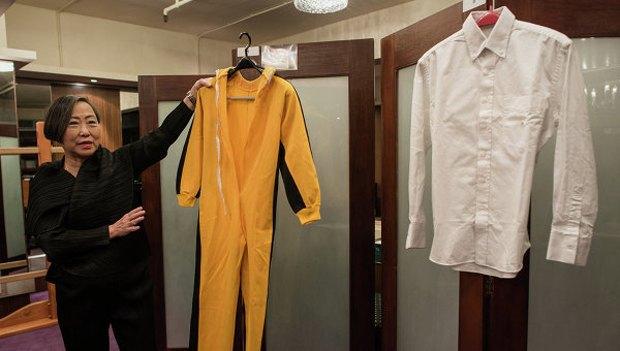 Желтый костюм Брюса Ли из фильма «Игра смерти» продали на аукционе. Изображение № 1.
