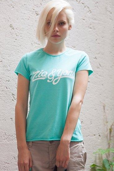 Российско-американская марка Ziq & Yoni выпустила лукбук летней коллекции одежды. Изображение № 20.