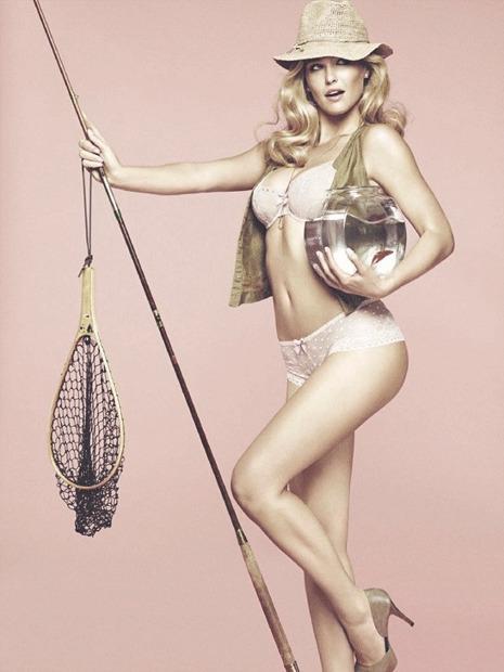 Модель Бар Рафаэли снялась в рекламе белья Passionata. Изображение № 8.