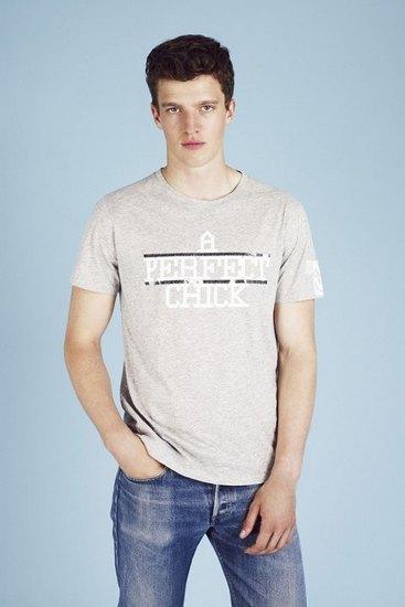 Французская марка A.P.C. выпустила лукбук весенней коллекции одежды. Изображение № 20.