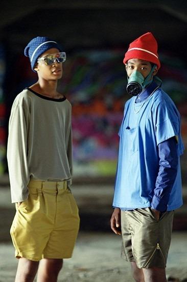 Японская марка Roundabout опубликовала лукбук весенней коллекции одежды. Изображение № 1.