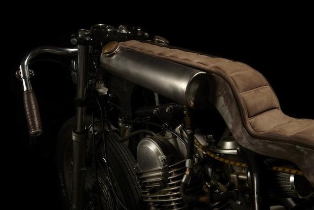 Испанская мастерская El Solitario изготовила мотоцикл Winning Loser. Изображение № 6.