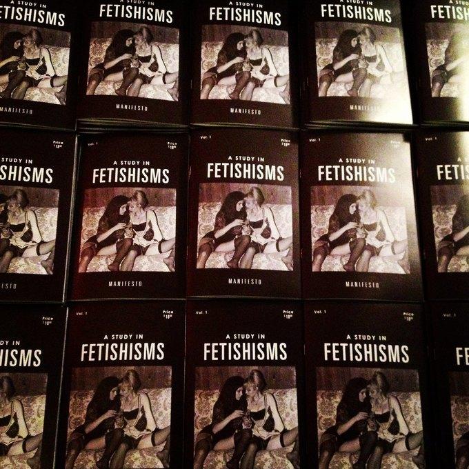 Fetishisms Manifesto: Фотограф Джонатан Ледер издаёт манифест эротического фетишизма. Изображение № 10.