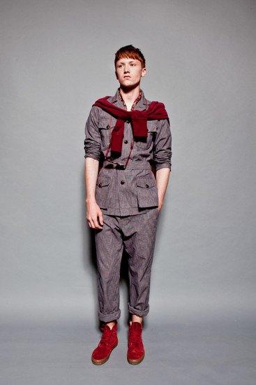 Марка YMC опубликовала лукбук весенней коллекции одежды. Изображение № 13.