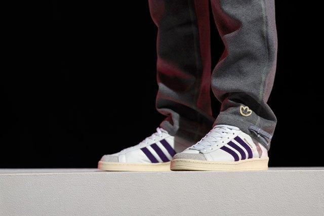 Марка Adidas и дизайнер Марк МакНейри представили совместную коллекцию одежды. Изображение № 3.