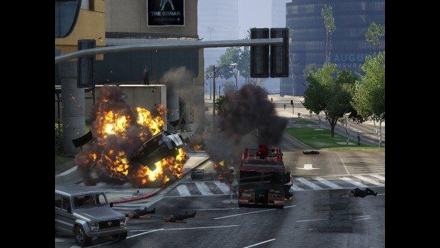Агентство Media Lense: Фоторепортажи из горячих точек и бандитских районов в GTA V Online. Изображение № 21.