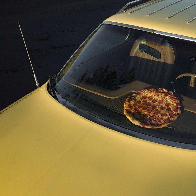 Pizza in the Wild: Приключения пиццы пепперони в проекте Джона Пола Дугласа. Изображение № 6.