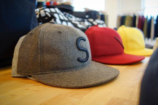 Американская марка Saturdays Surf NYC выпустила превью весенней коллекции одежды. Изображение № 13.