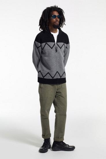 Марка Stussy опубликовала второй лукбук новой коллекции одежды своей линейки Holiday. Изображение № 11.