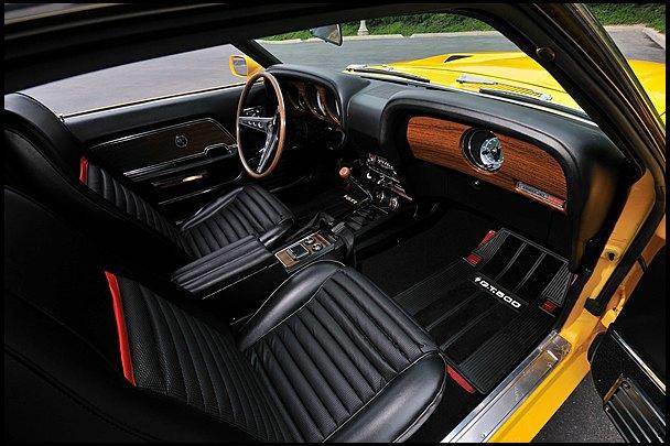 Маслкар Shelby GT500, принадлежавший своему создателю Кэроллу Шелби, выставлен на аукцион. Изображение № 6.