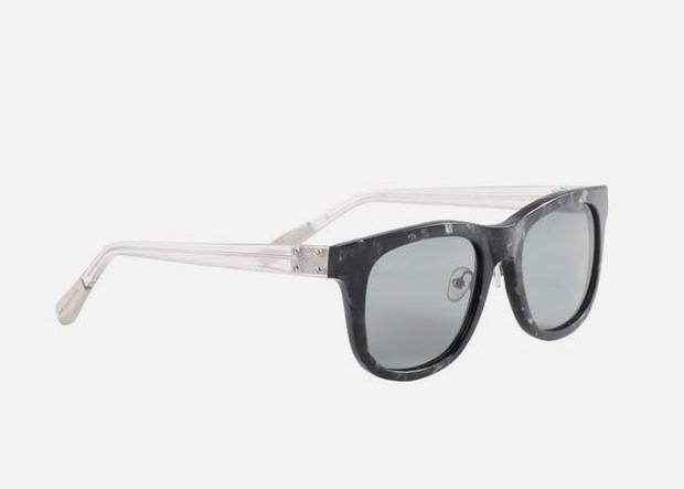 Дизайнер Крис Ван Аш выпустил летнюю коллекцию солнцезащитных очков. Изображение № 5.