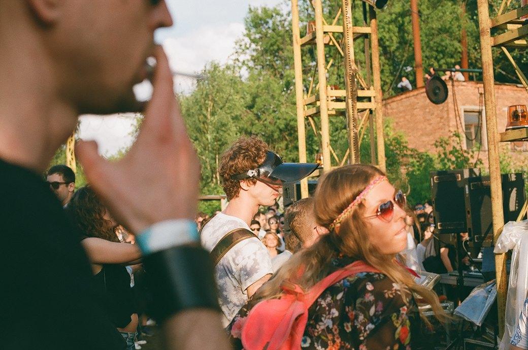 Фоторепортаж: Фестиваль Outline на Карачаровском механическом заводе. Изображение № 57.