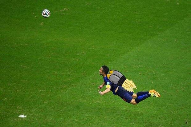 Летучий голландец: Робин ван Перси как новый интернет-мем. Изображение № 16.
