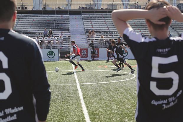 Детали: Репортаж с футбольного турнира магазина FOTT. Изображение № 3.