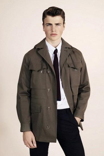 Марка A.P.C. опубликовала лукбук весенней коллекции одежды. Изображение № 2.