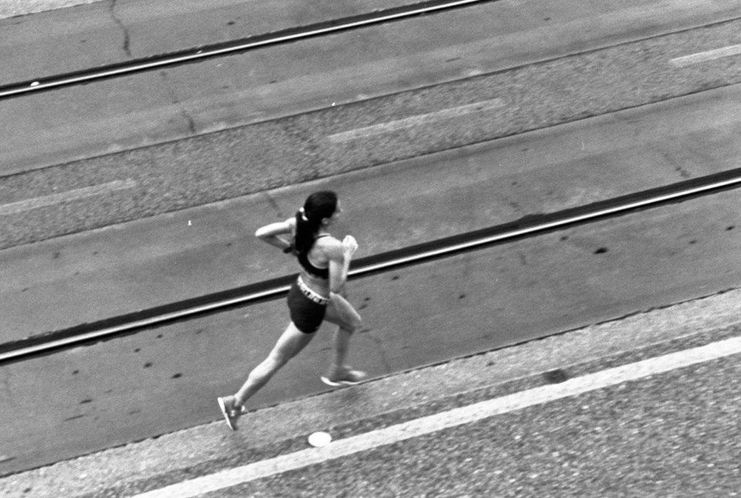 Как кроссовки испортили спортивные результаты бегунов и ещё несколько феноменов любительского бега. Изображение № 4.