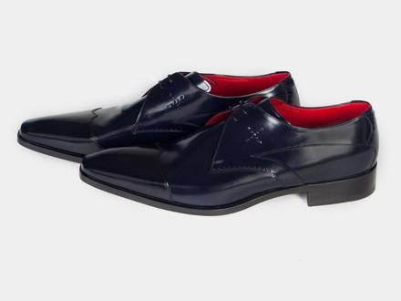 Создатели Original Shoes открывают в Москве полноценный магазин. Изображение № 7.
