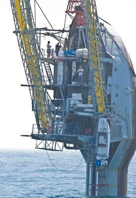 Единственный в мире корабль-перевертыш отметил полувековой юбилей. Изображение № 5.