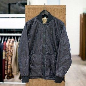 5 красивых продавщиц в магазинах мужской одежды выбирают вещи для парня их мечты. Изображение № 11.