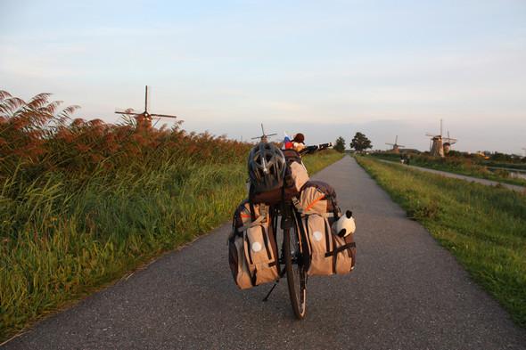 Фильм о путешествии из России в Португалию на велосипедах. Изображение № 8.
