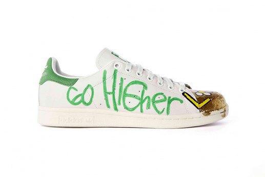 Adidas выпустит коллекцию кроссовок Stan Smith, вручную разрисованных Фарреллом. Изображение № 13.