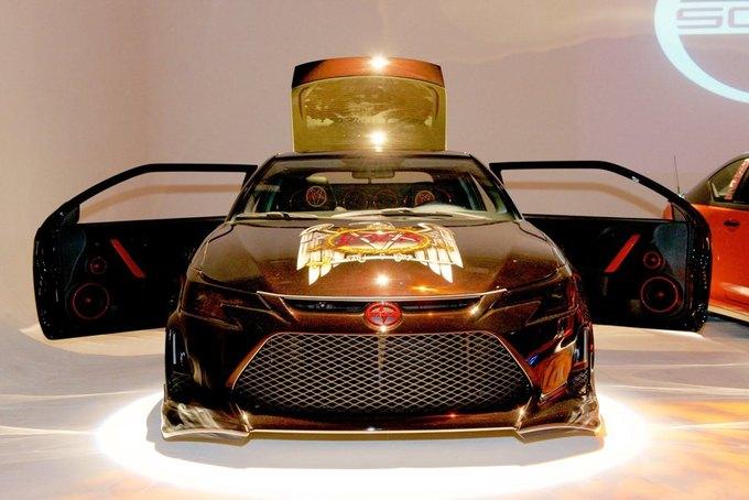 Дизайнер превратил авто марки Scion в Slayer-мобиль. Изображение № 2.