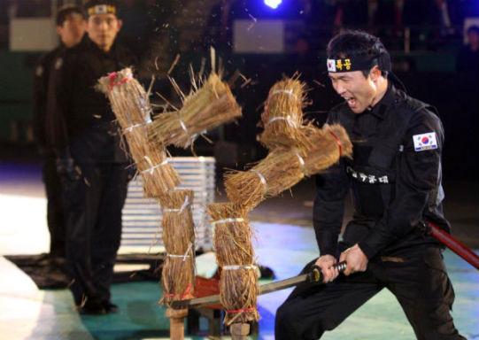 Южнокорейские солдаты борются с терроризмом приемами из арсенала Человека-паука. Изображение № 2.