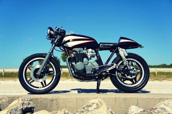 Мотоцикл Honda CB650 мастерской Steel Bent Customs. Изображение № 2.