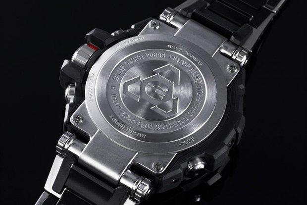 Марка Casio выпустила металлические часы G-Shock . Изображение № 2.