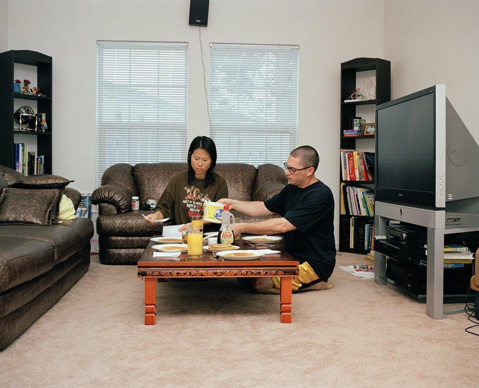 Семейный альбом: Как устроена бытовая жизнь американских военных . Изображение № 12.