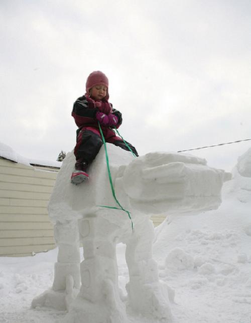 Что ты лепишь: Альтернативные снеговики со всего мира. Изображение №2.