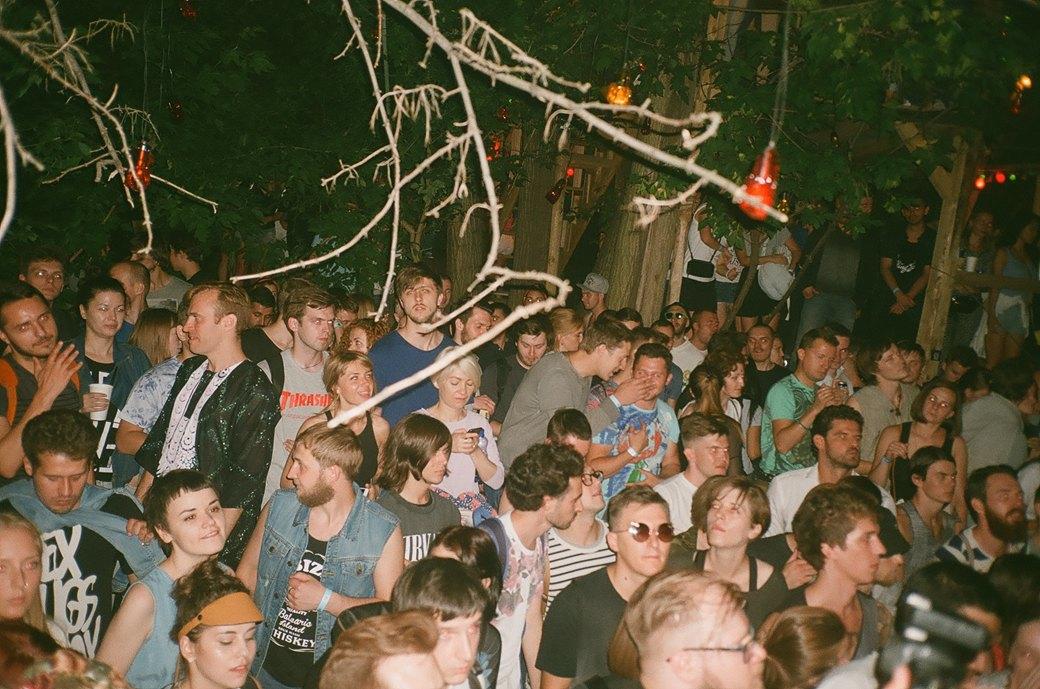 Фоторепортаж: Фестиваль Outline на Карачаровском механическом заводе. Изображение № 14.
