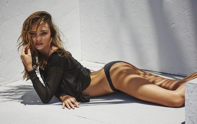Модель Миранда Керр снялась у фотографа Мариано Виванко. Изображение № 5.