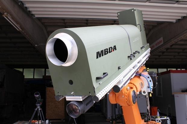 В Германии создали высокомощную лазерную пушку. Изображение №1.