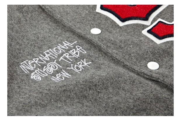 Марка Stussy выпустила лукбук новой коллекции одежды своей линейки Holiday. Изображение № 9.