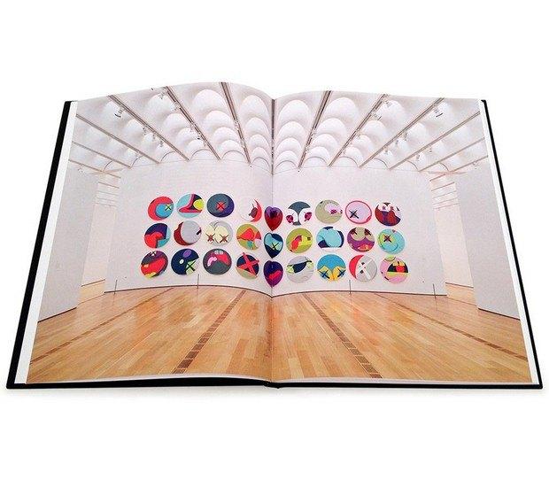 Бруклинский художник Kaws выпустил книгу Down Time. Изображение № 2.