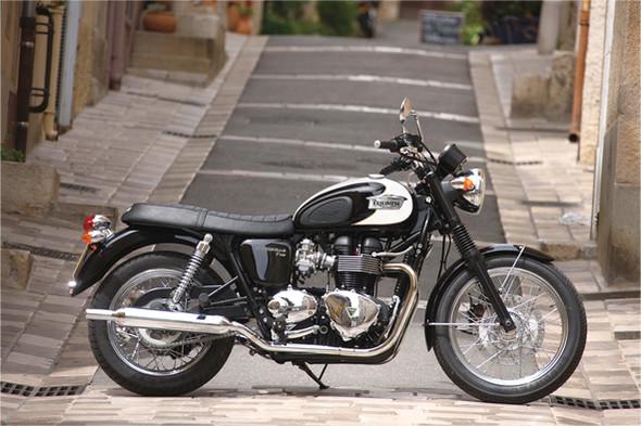 Triumph Bonneville. Изображение № 31.