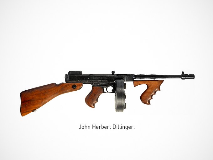 Итальянский дизайнер представил коллекцию плакатов знаменитого оружия. Изображение № 2.