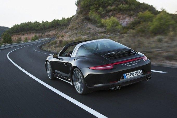 В Детройте представили новый Porsche 911 Targa. Изображение № 3.