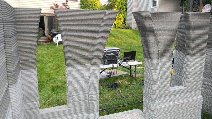 Русский из Миннесоты почти закончил строительство замка с помощью 3D-принтера. Изображение № 2.