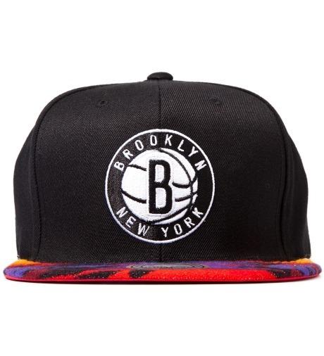 Genesis Project совместно с Pendleton выпустили вторую коллекцию кепок с символикой команд НБА. Изображение №15.