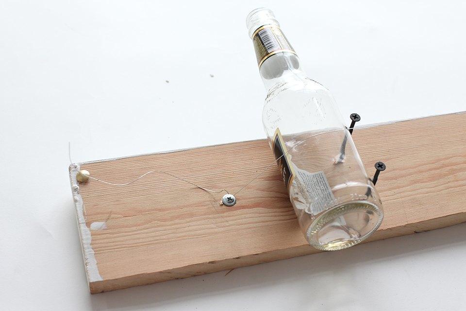 Как изготовить примитивную гитару диддли-бо в домашних условиях. Изображение № 9.
