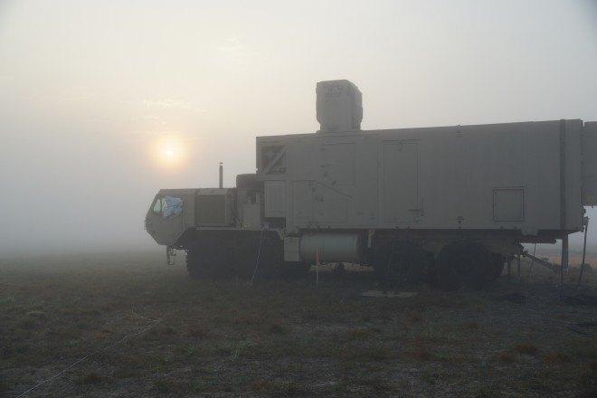Boeing показала лазерный комплекс ПВО, управляемый джойстиком X-Box. Изображение № 2.