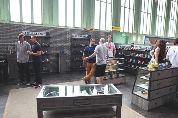 Детали: Фоторепортаж с выставок Bread & Butter, Capsule и открытия магазина Stussy в Берлине. Изображение № 22.